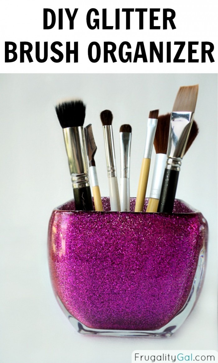 Diy-glitter-brush-organizer--e1411106225616